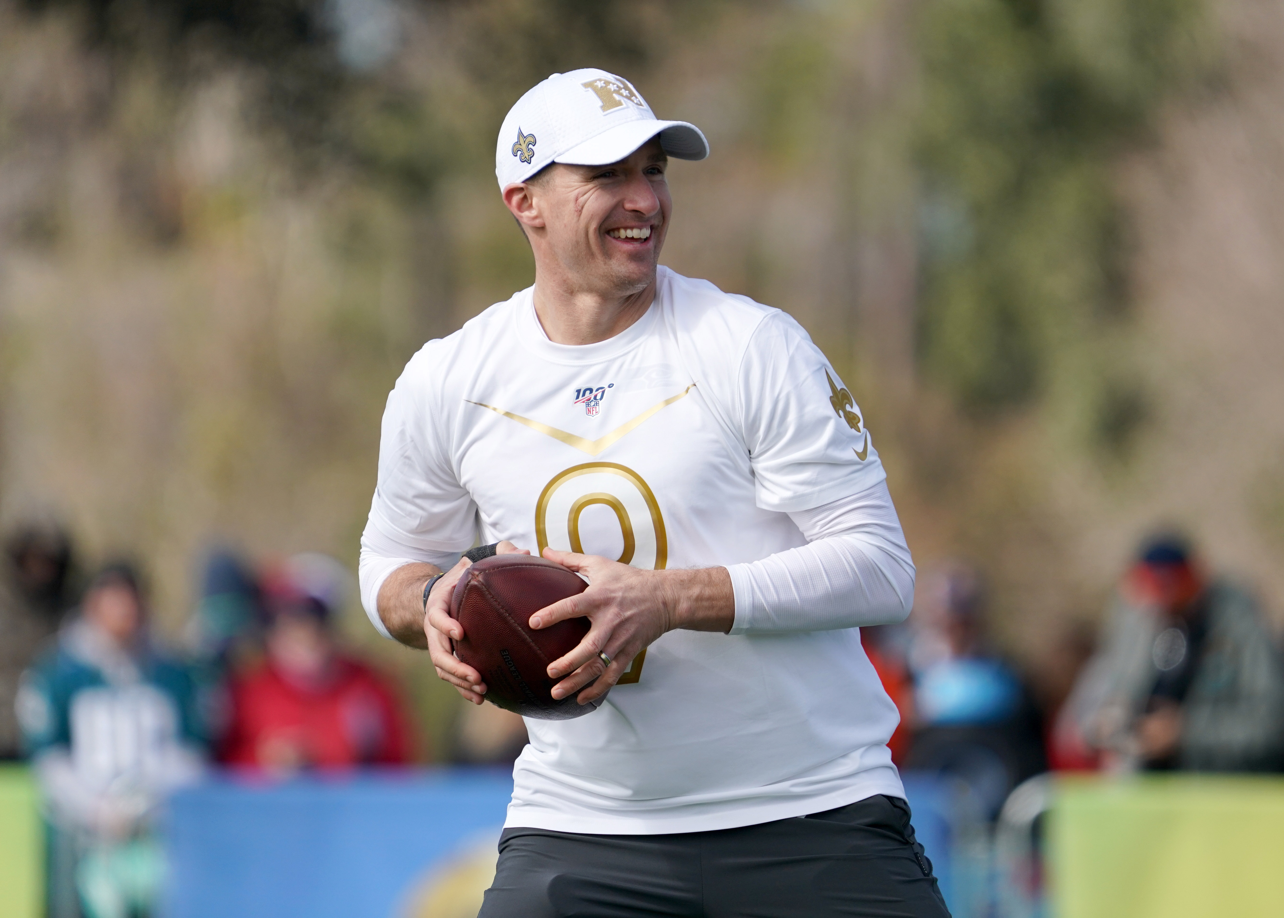 Drew Brees announces he's returning to Saints in epic Instagram post