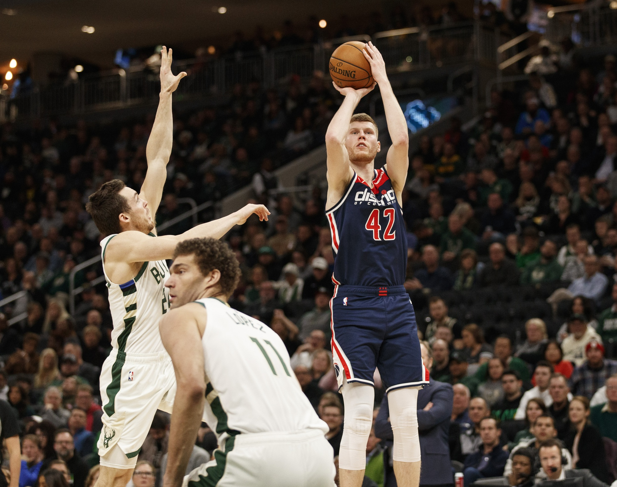 Report: Celtics with strong interest in Davis Bertans