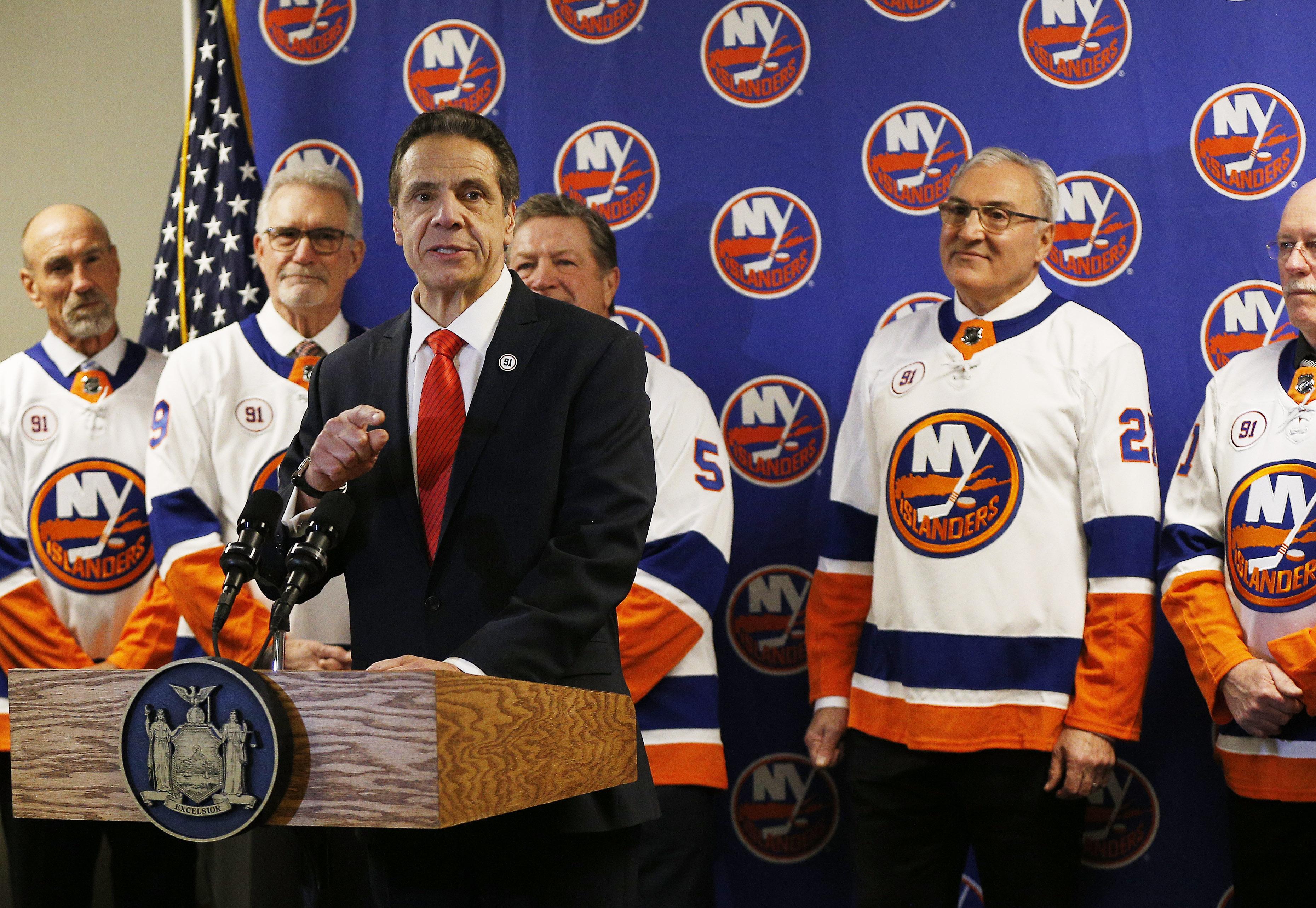 Islanders to return to Long Island full time next season