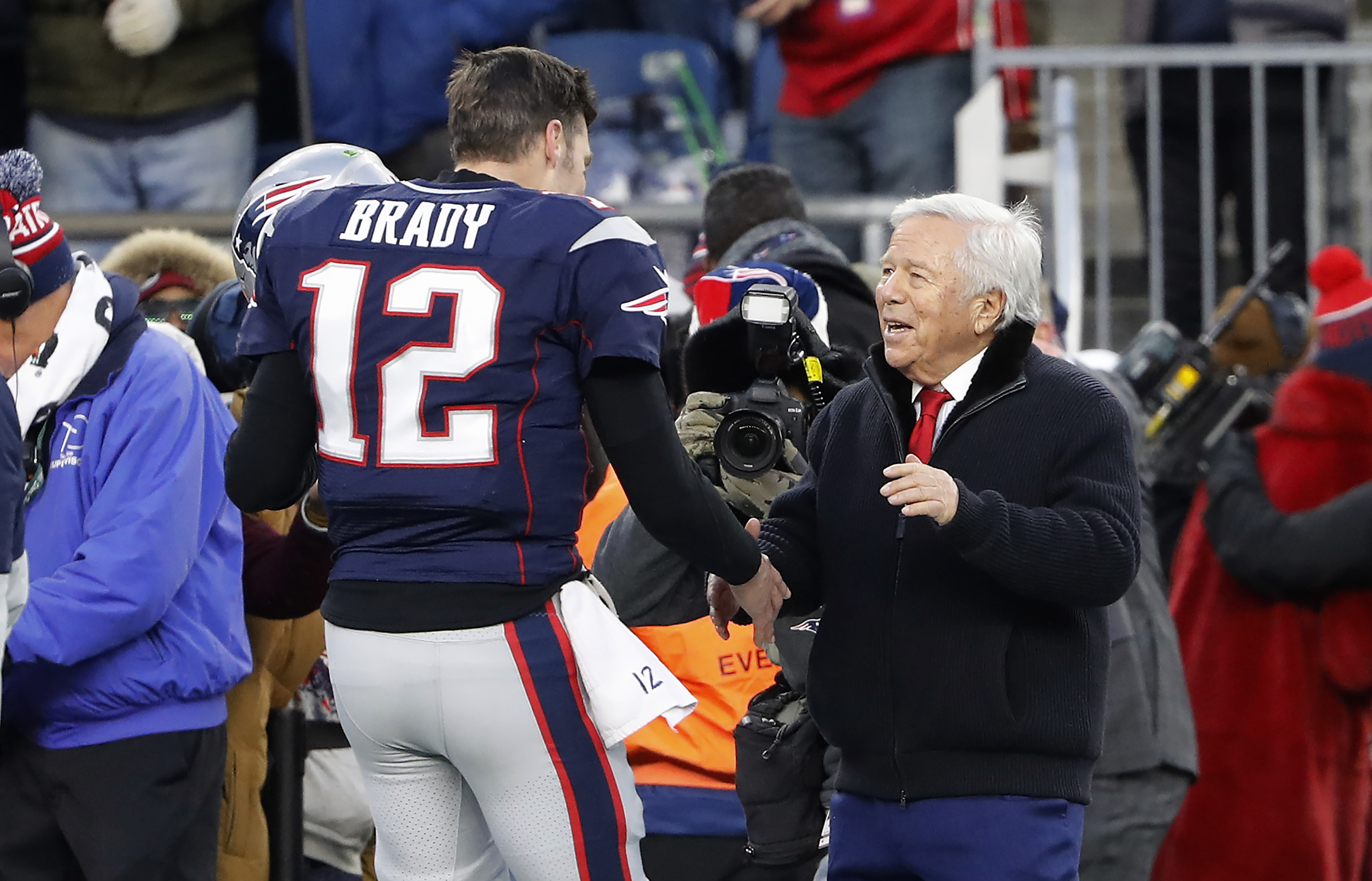Robert Kraft appears to be upset with Tom Brady over recent negotiations in cryptic quote