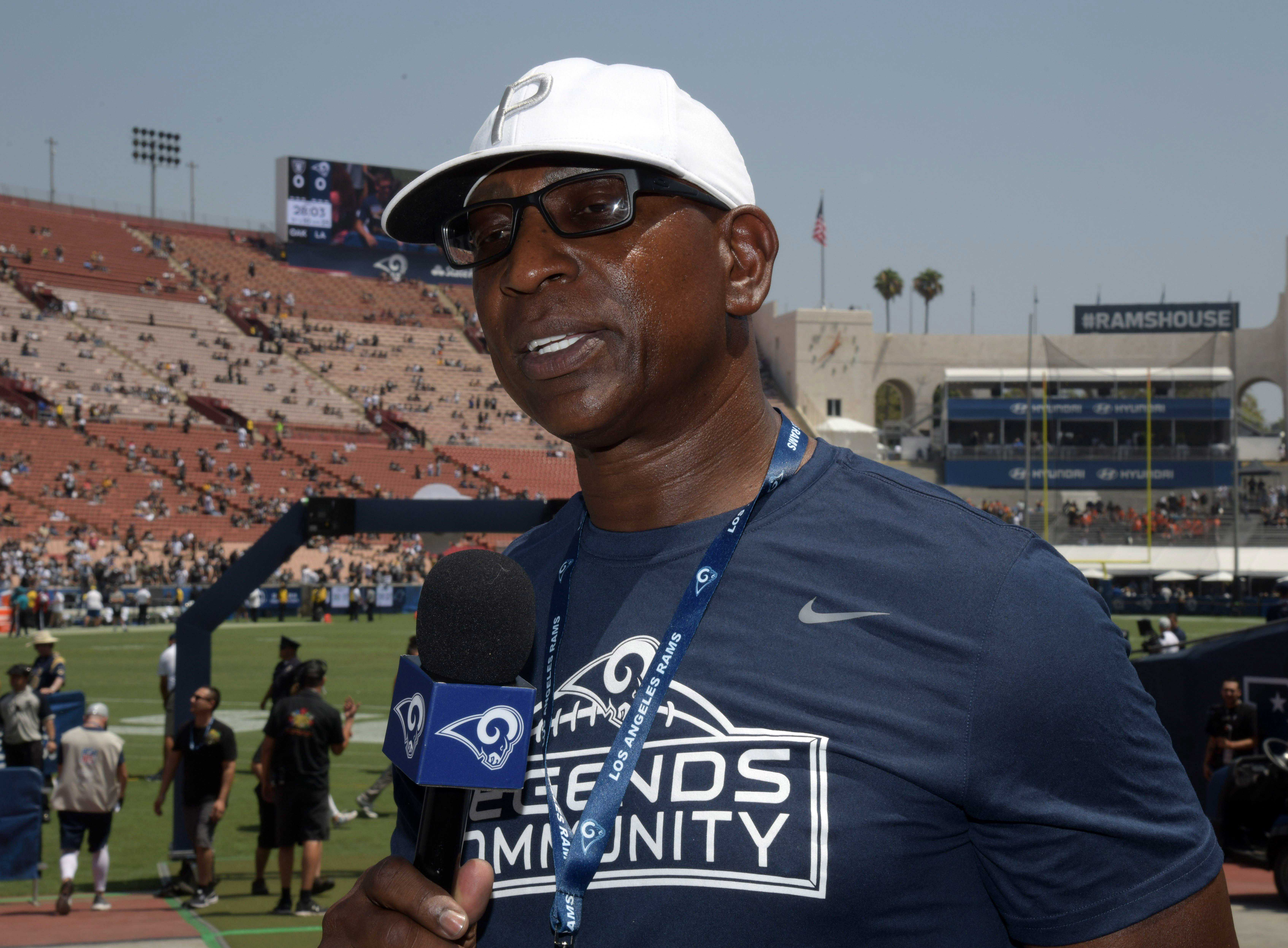 Eric Dickerson comes up short in bid for Rams to change their logo