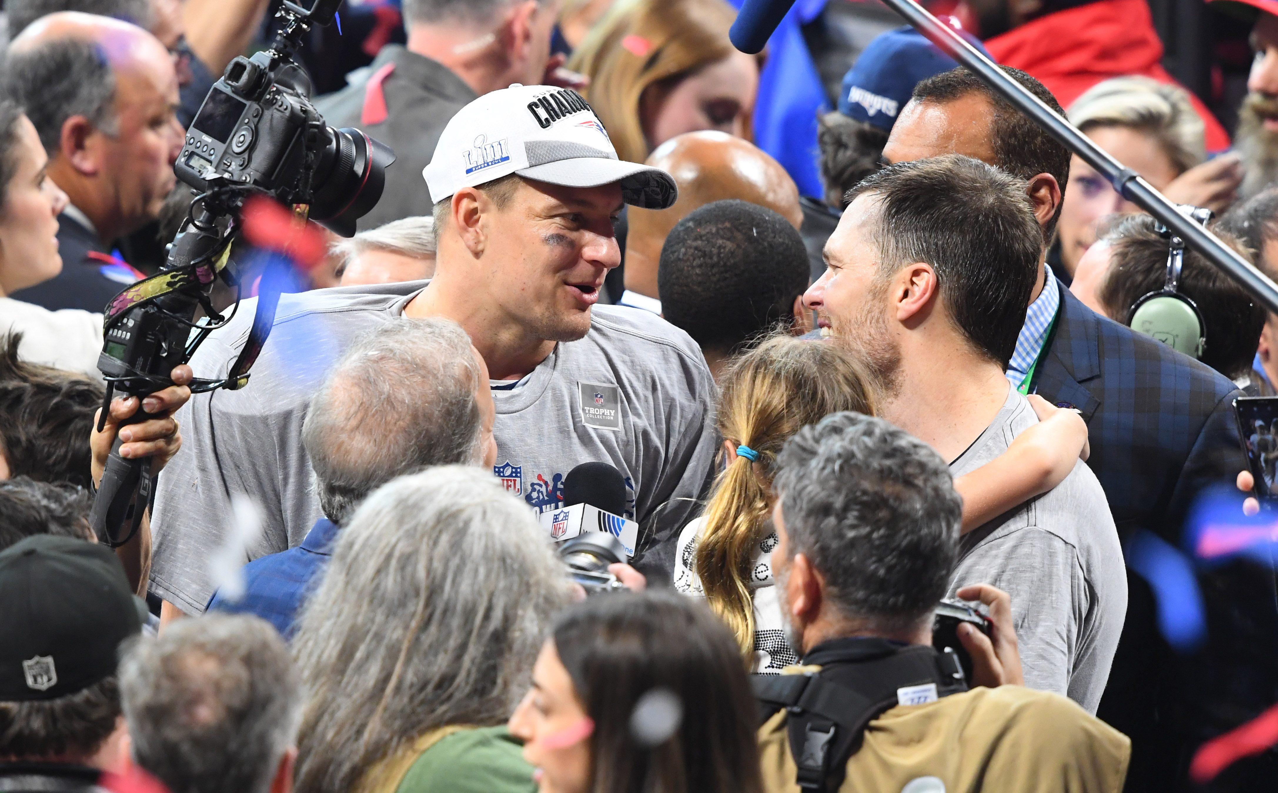 Tom Brady reacts to Rob Gronkowski joining Bucs