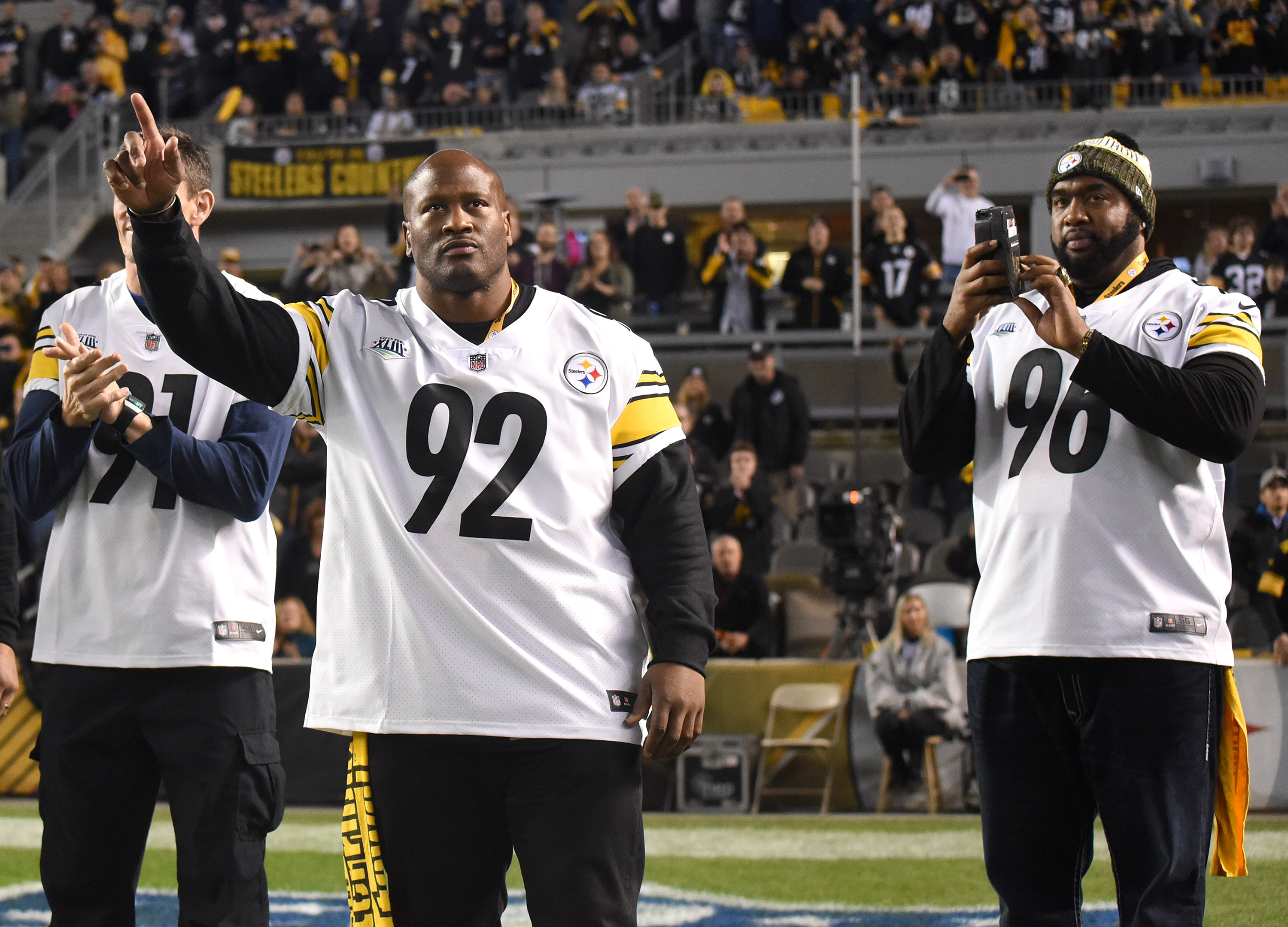 James Harrison turns heads for Bountygate-type comment involving Mike Tomlin