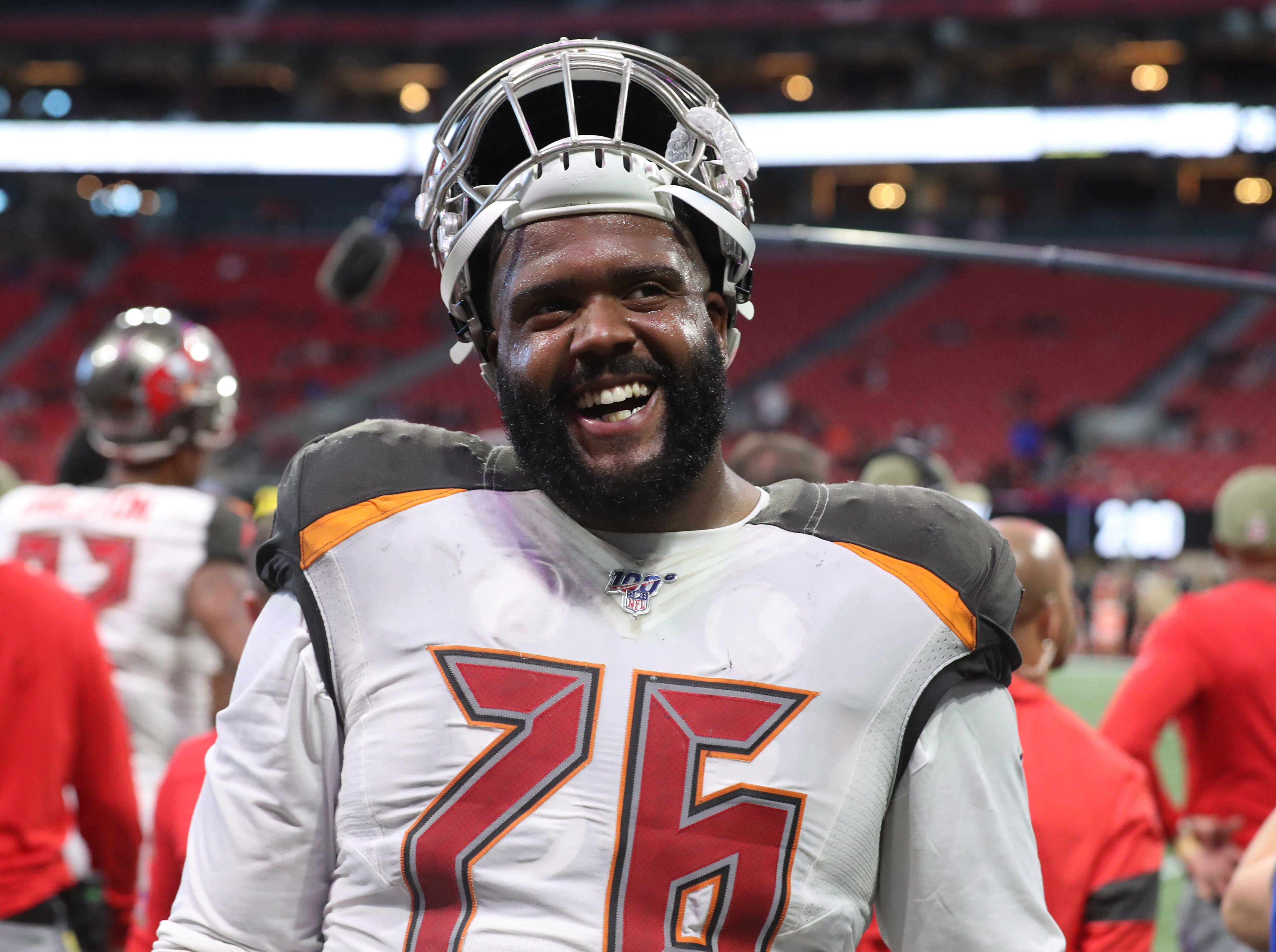 Bucs O-Lineman not altering strategy due to Tom Brady addition