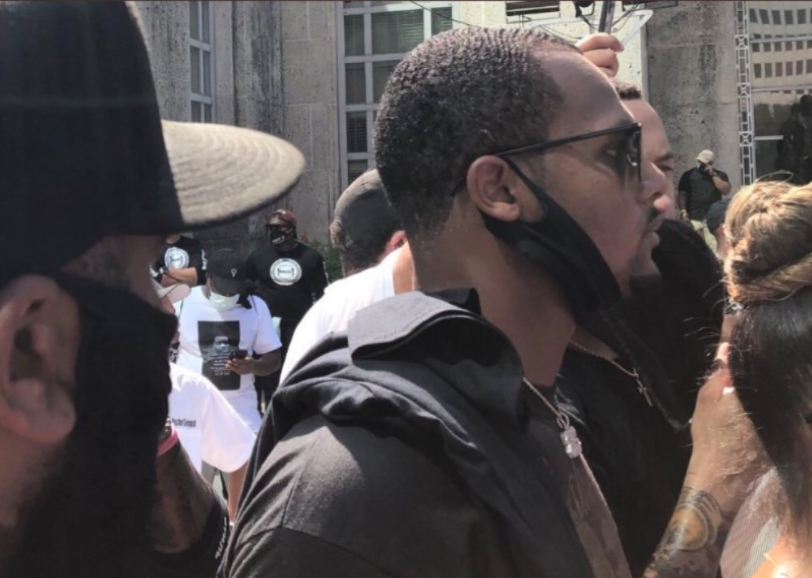 Deshaun Watson marches alongside protesters in Houston