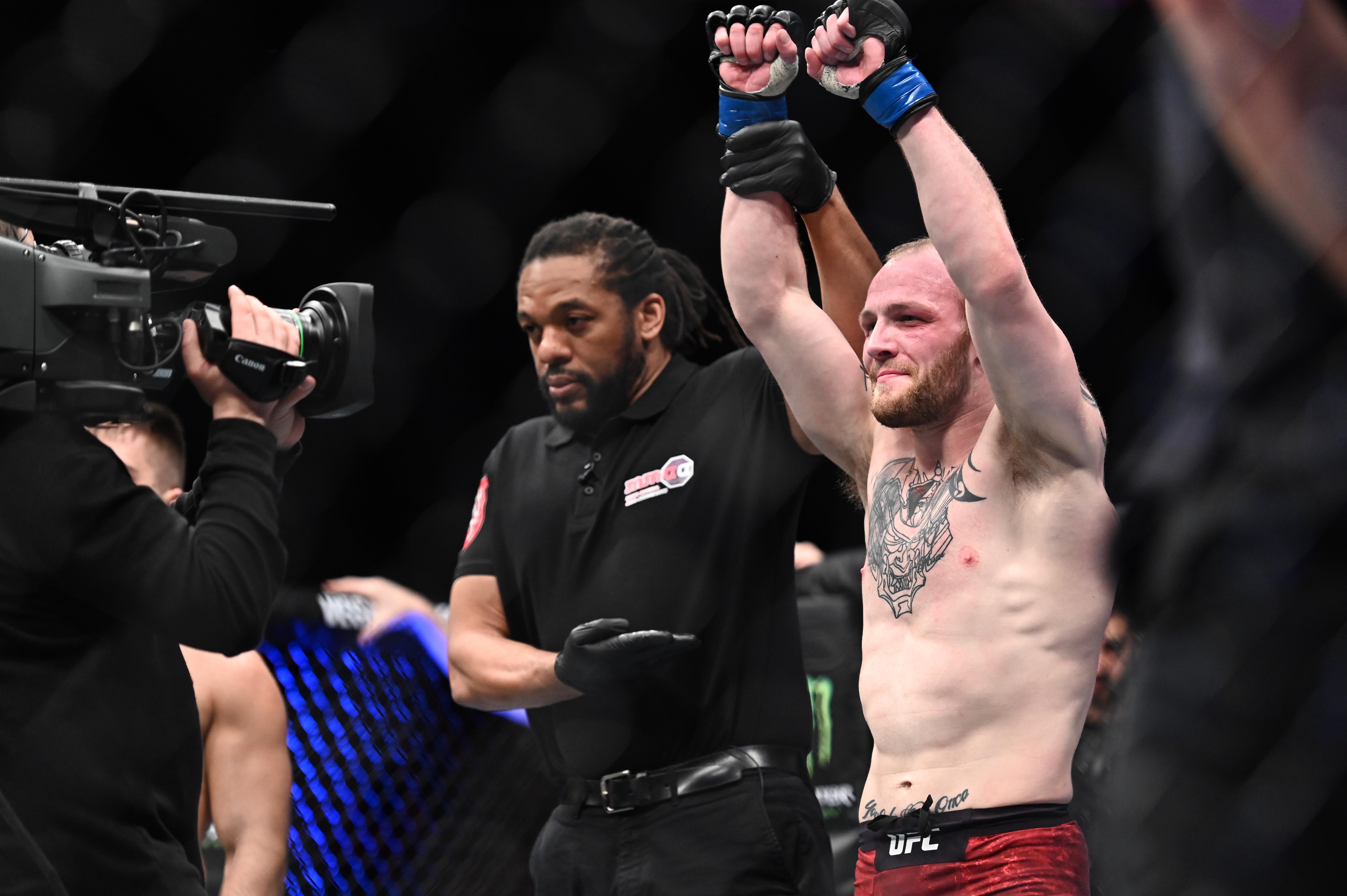 The Livest Dog at UFC Ige vs Kattar: Chris Fishgold
