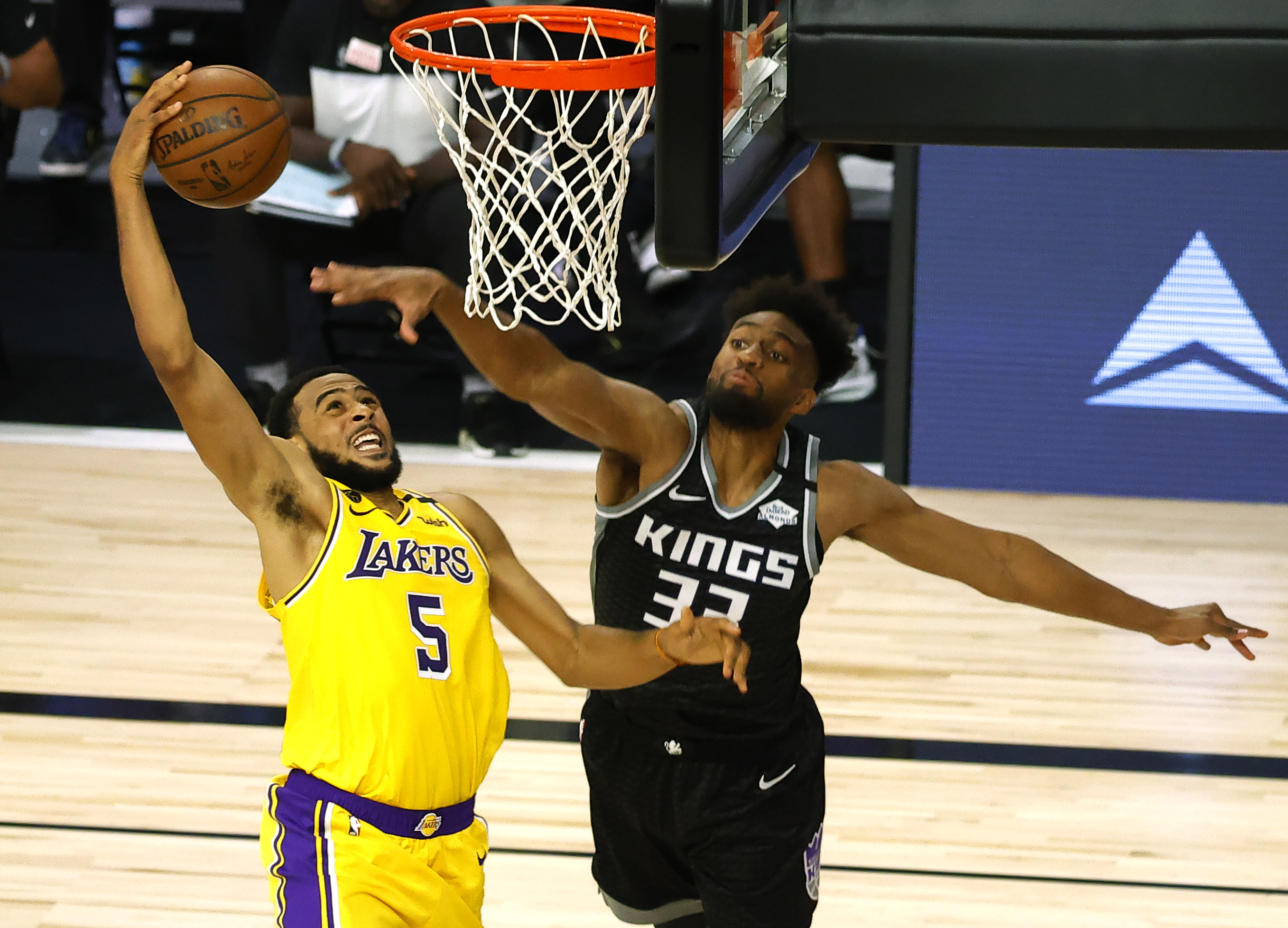 Betting odds list Clippers, Lakers, Bucks as favorites to win NBA Championship