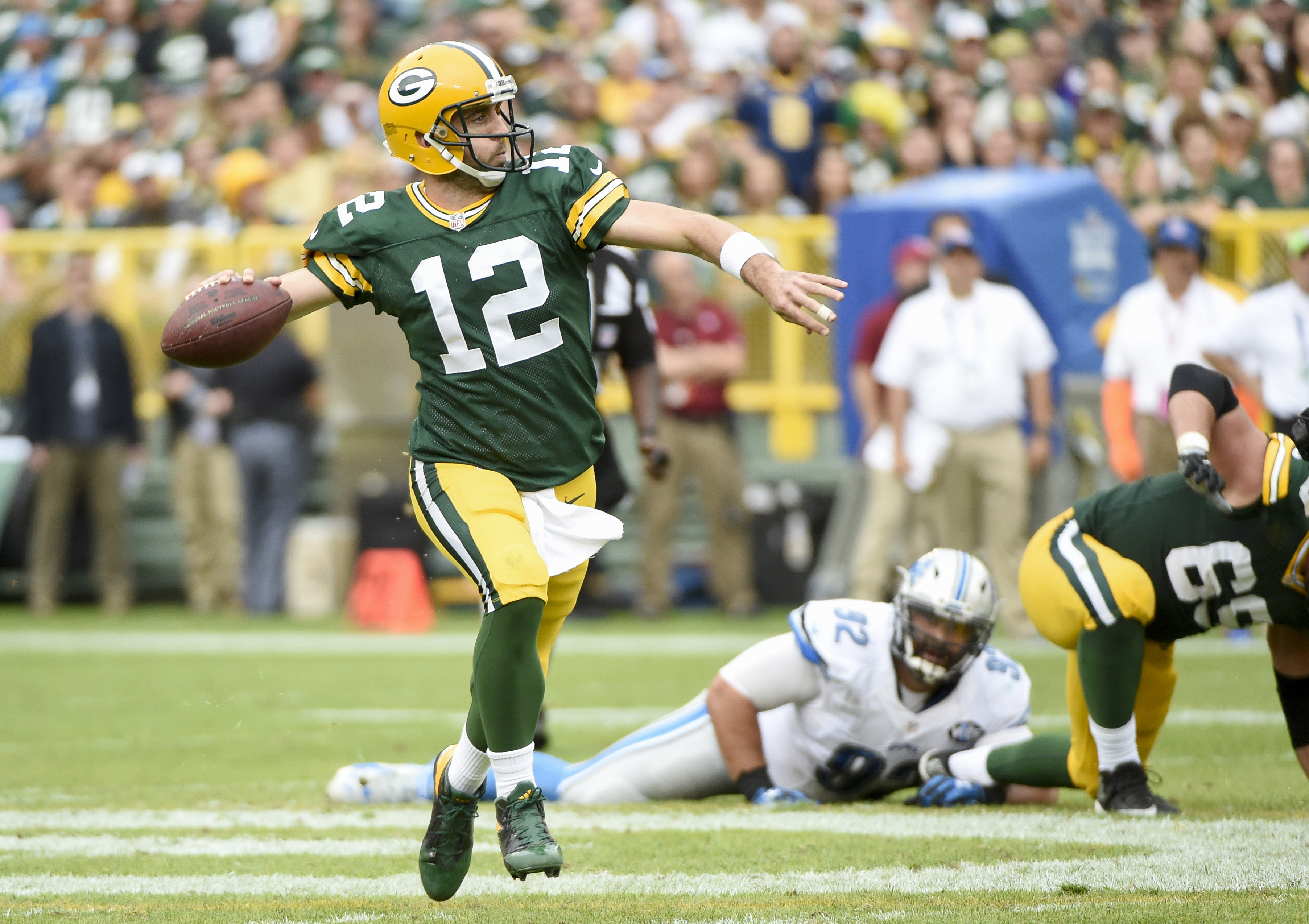 Flashback 2014: Aaron Rodgers Returns from Injury to Lead Packers Past Lions for Division Title