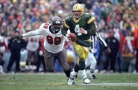 Flashback: Brett Favre vs Warren Sapp Was the Heart of Packers-Bucs Rivalry