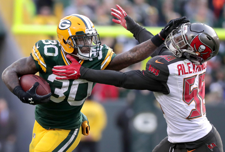 Six Key Factors That Will Determine the Winner of Packers vs Bucs