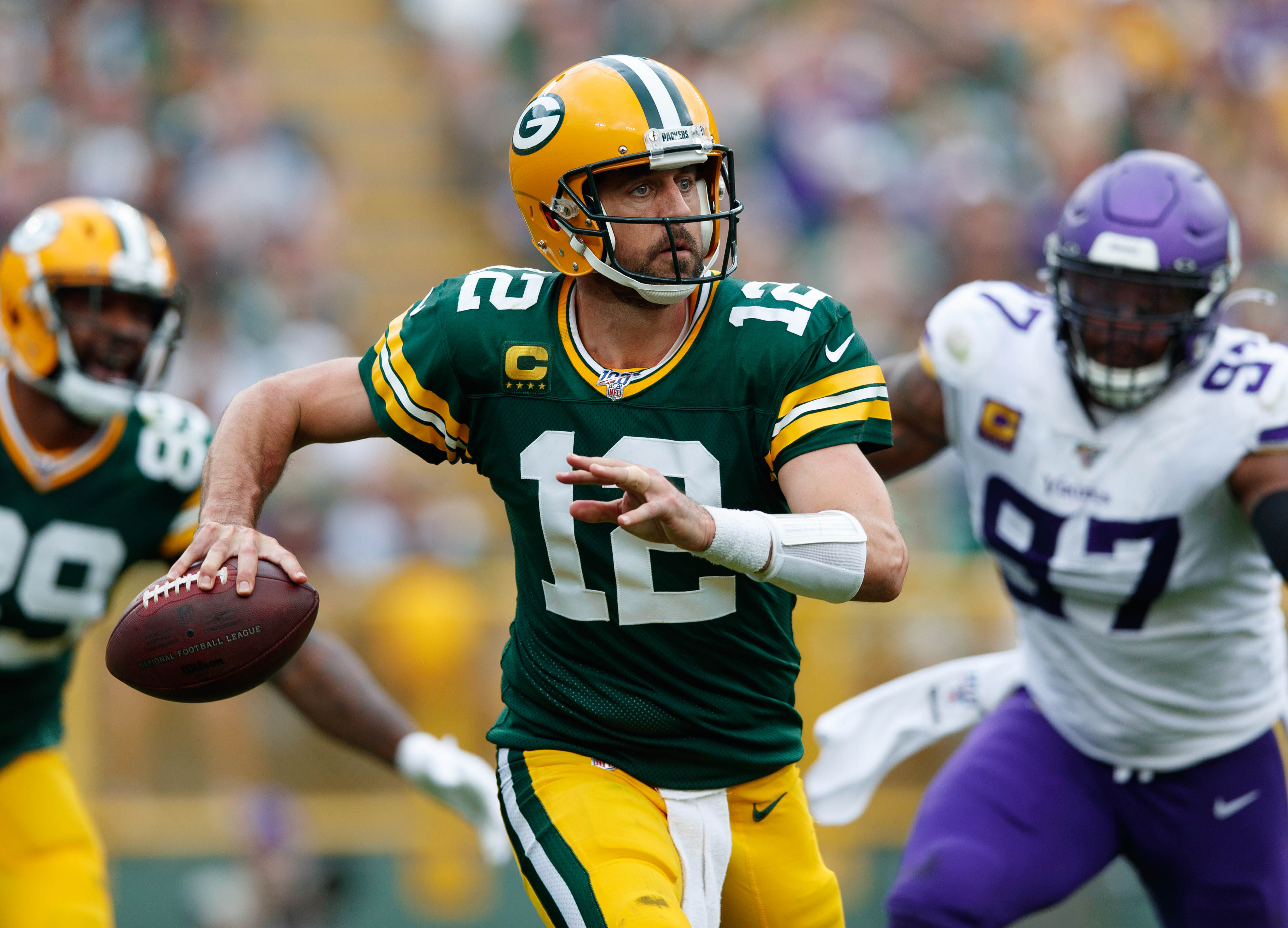 Six Key Factors That Will Determine the Winner of the Packers-Vikings Rematch
