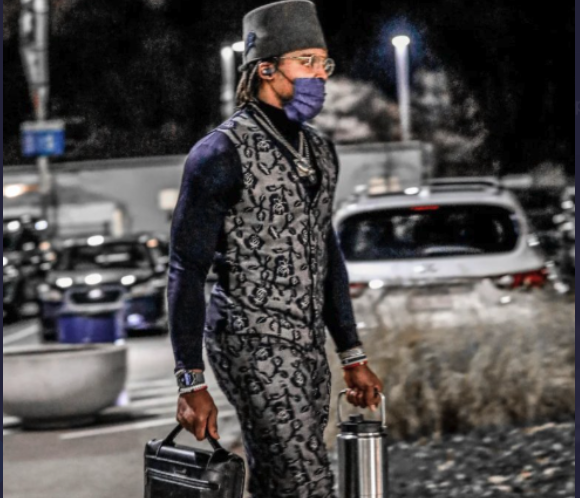 Look: Cam Newton rocks hilarious, granite-themed outfit before Ravens game