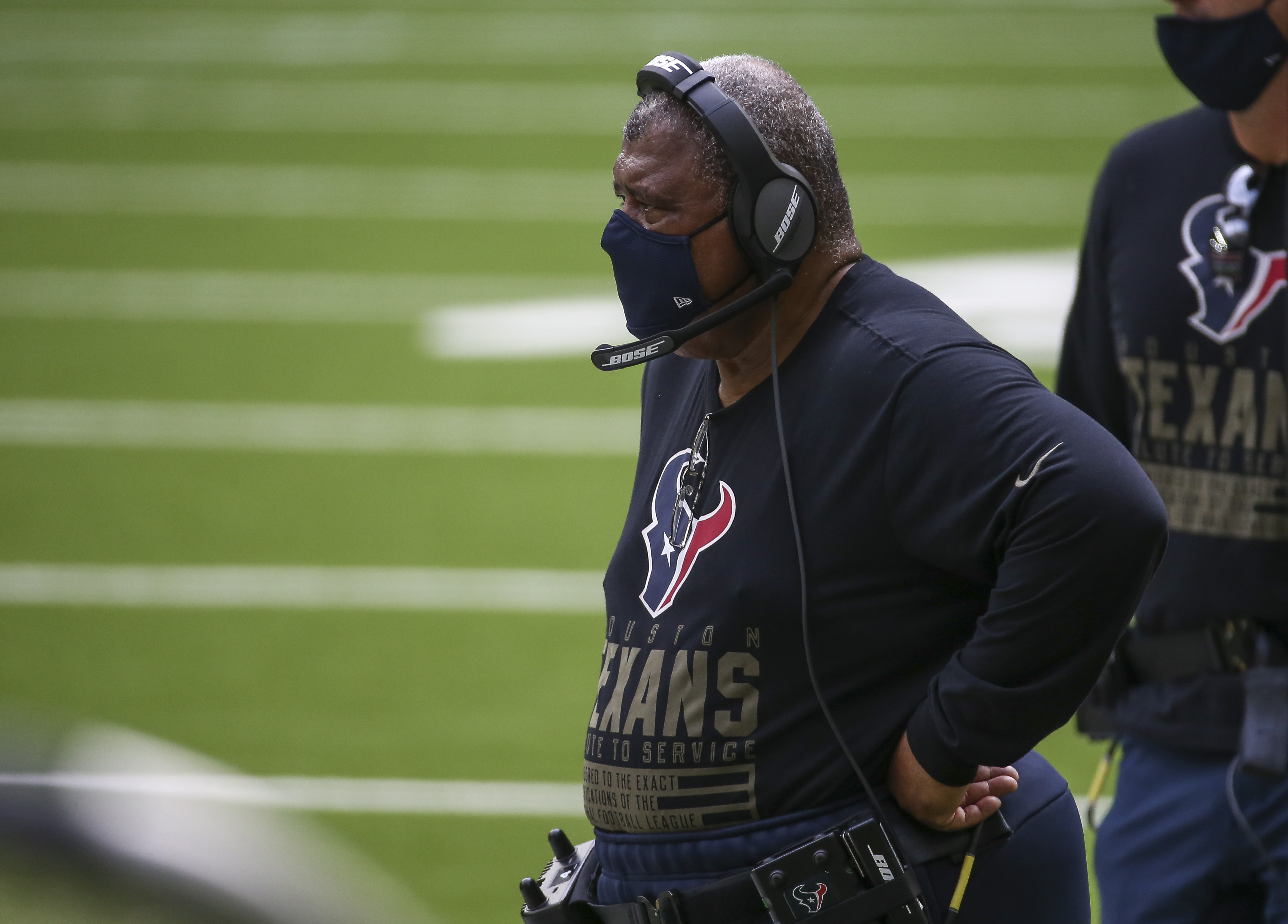 Texans playing well, yet rumors suggest Romeo Crennel won't be returning as head coach