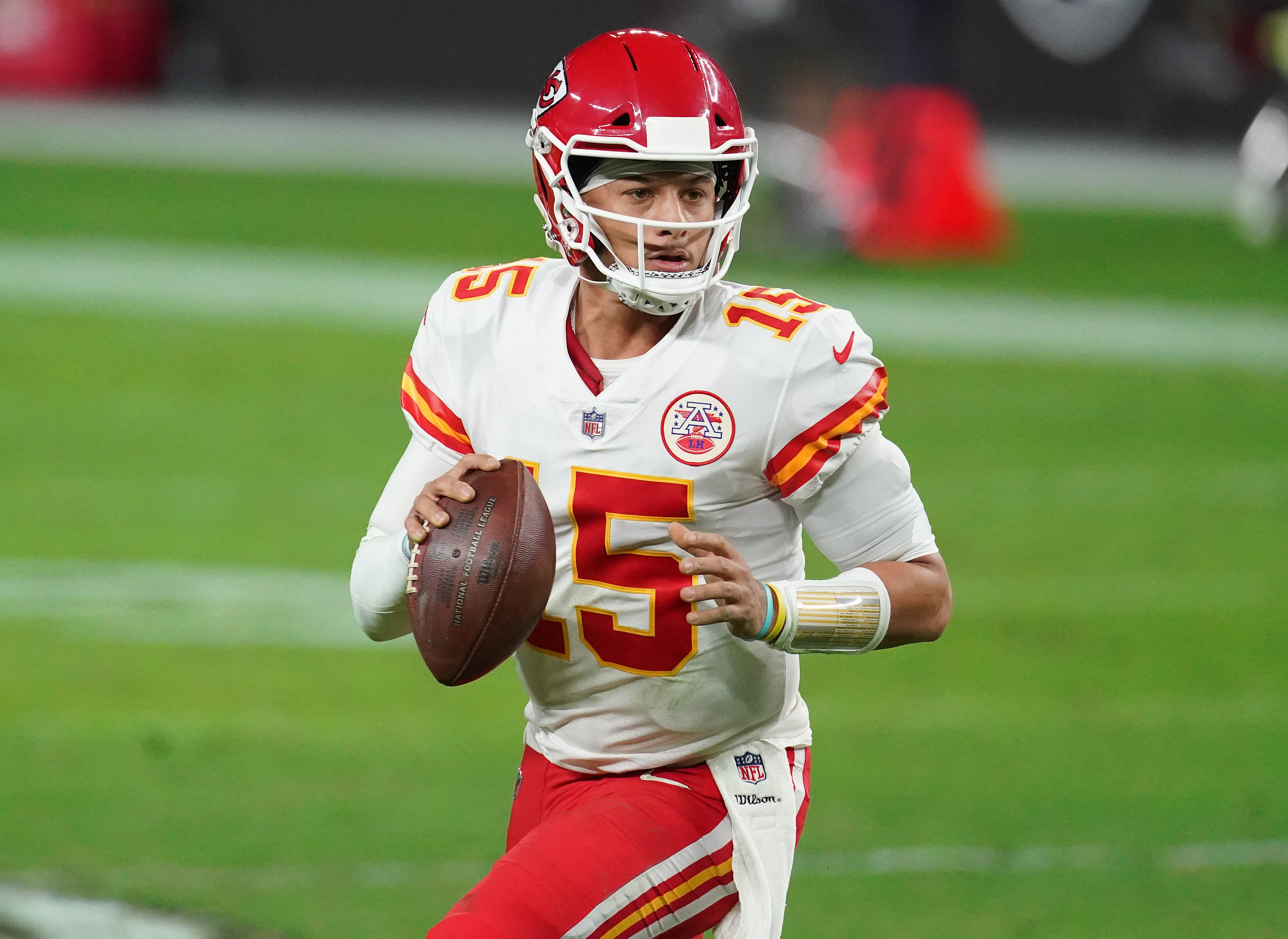 Patrick Mahomes humbles himself with comparison to Tom Brady