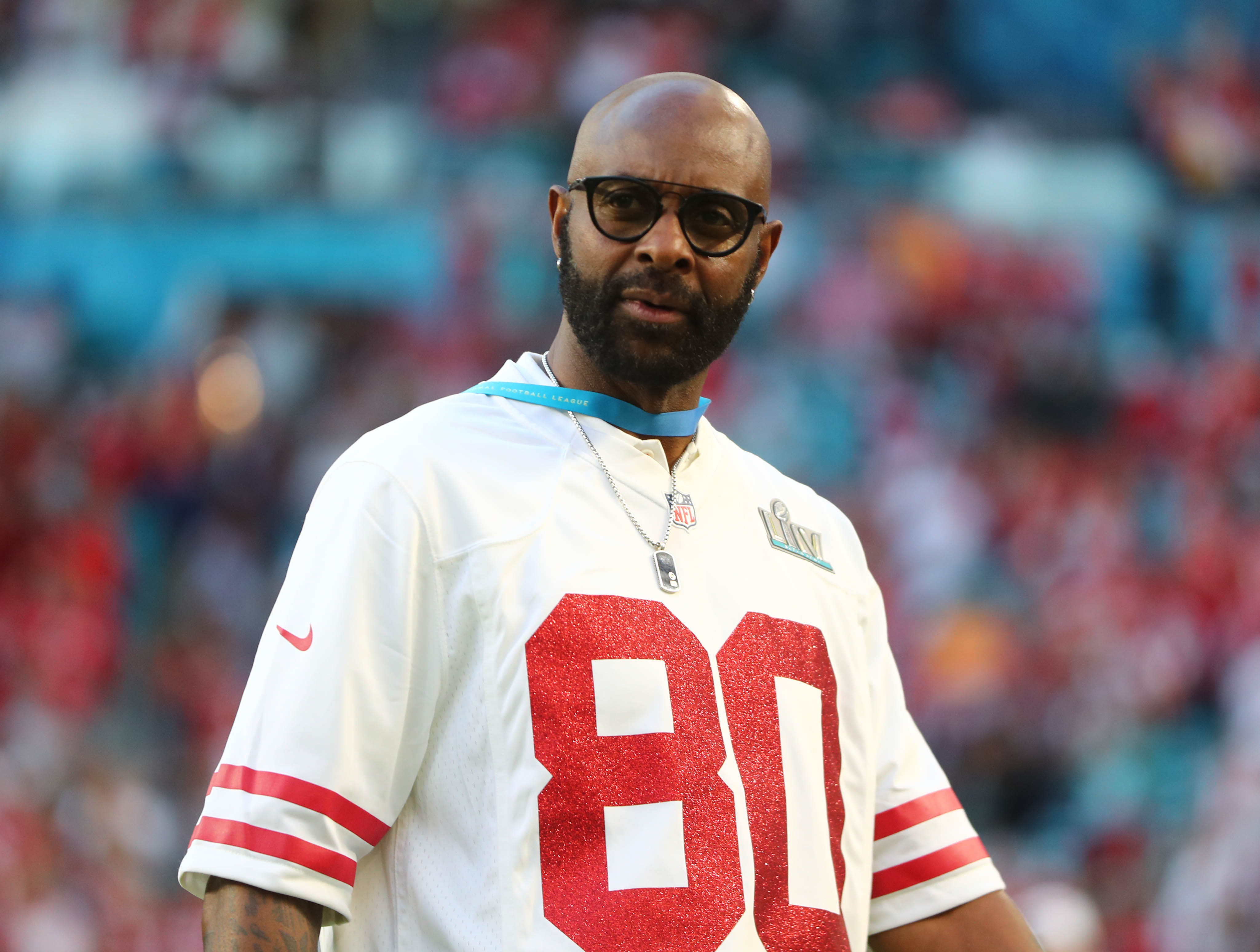 Jerry Rice takes a shot at Randy Moss on social media