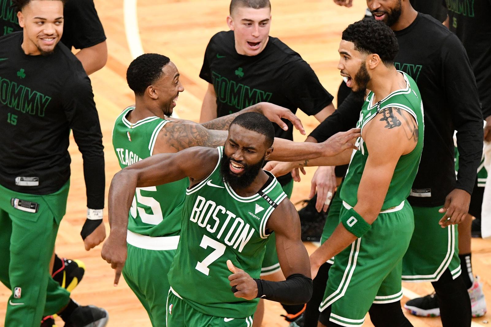Rapid Recap: Giannis chokes, Tatum hits prayer as Celtics WIN