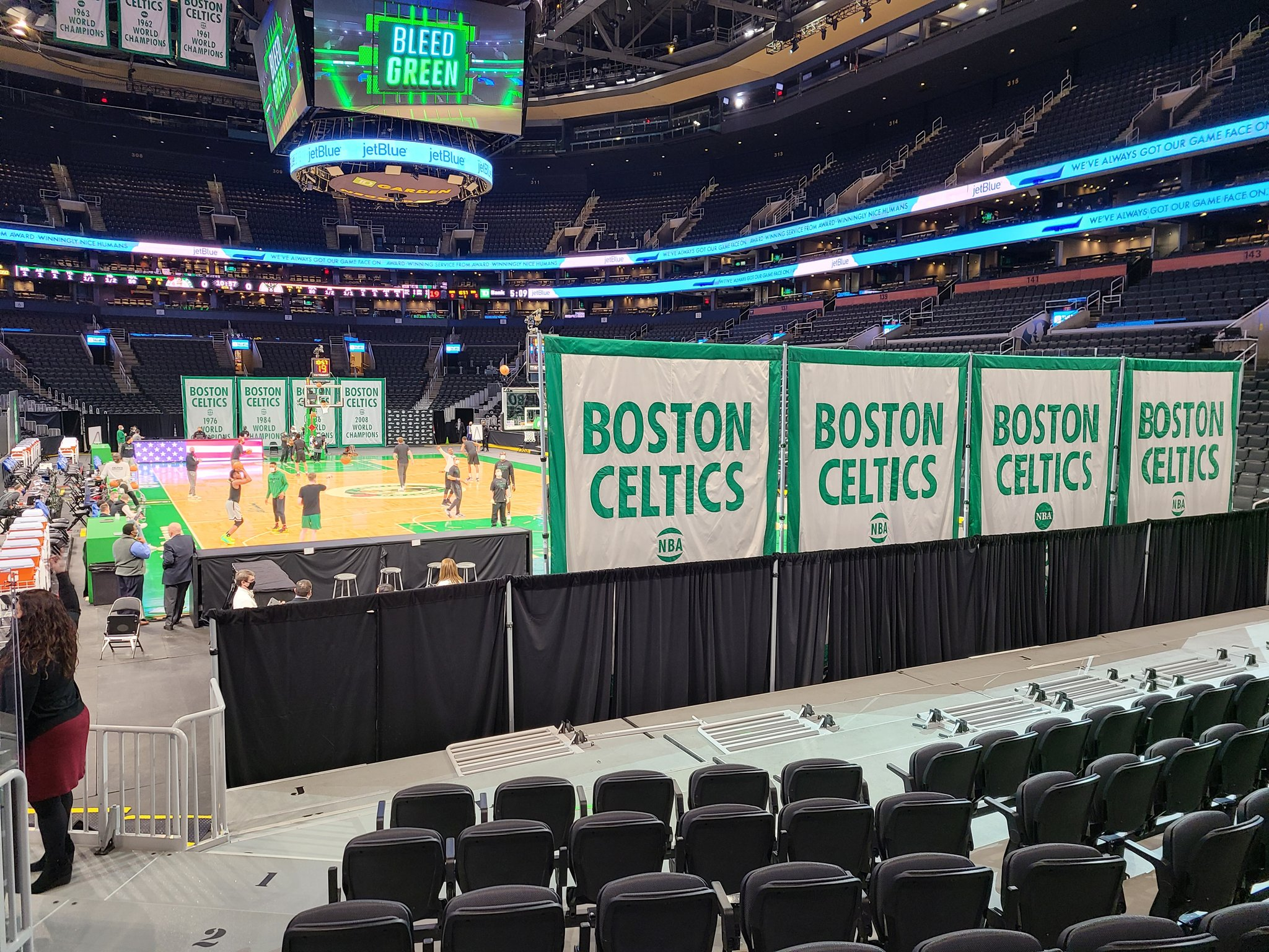 Boston Celtics vs. Milwaukee Bucks: 3 thoughts, including honoring Tommy Heinsohn