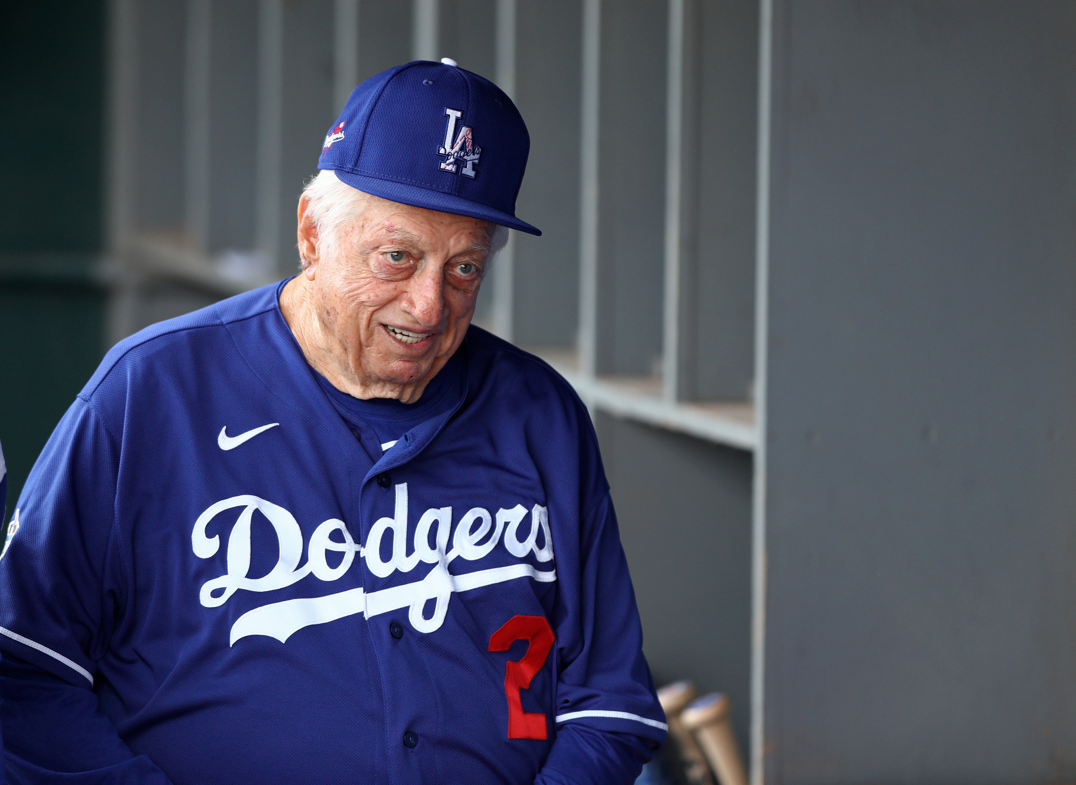 Former Dodgers Hall of Fame manager Tommy Lasorda dies at age 93