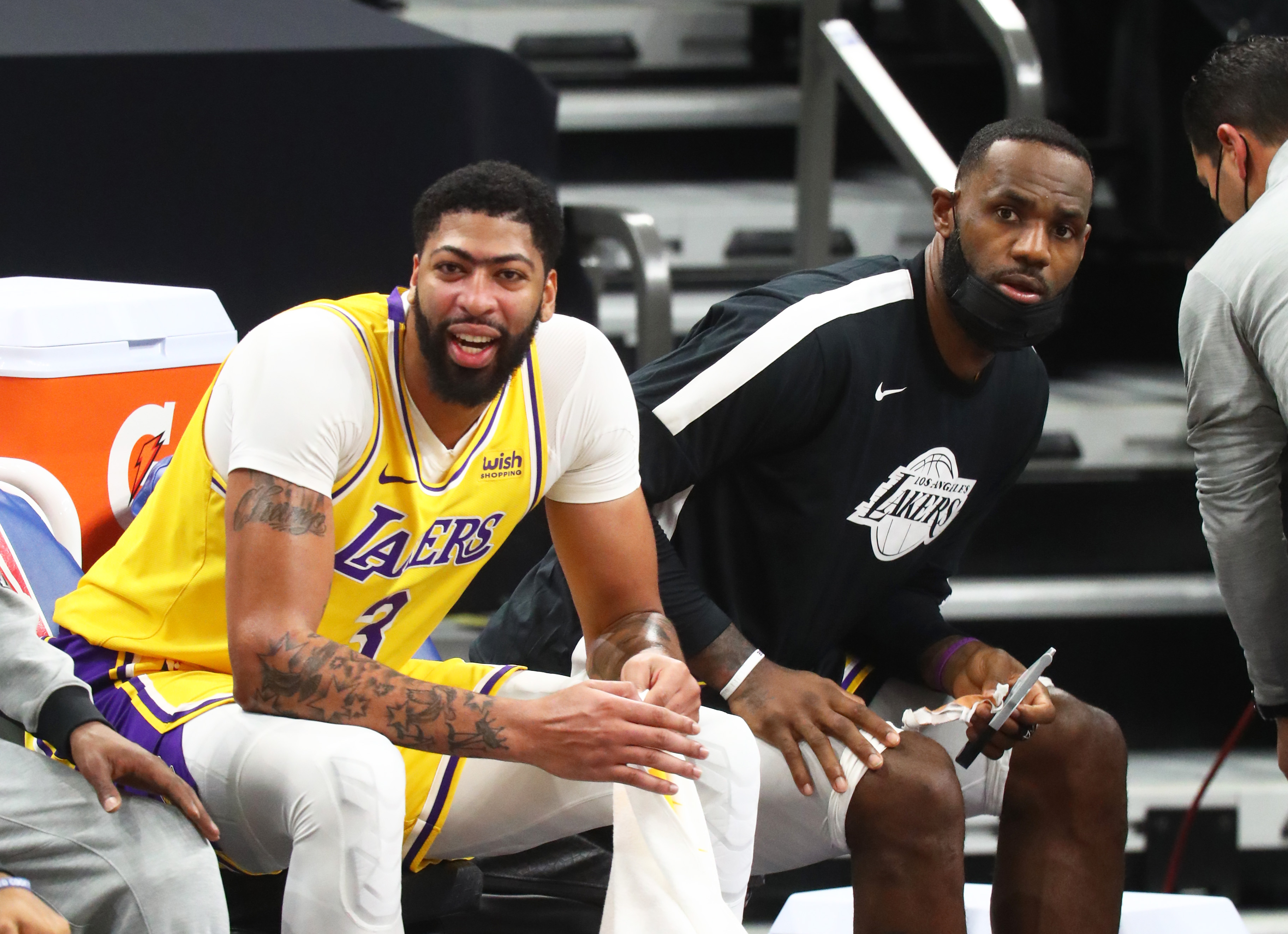 Anthony Davis addresses how LeBron James is still dominant in 18th season