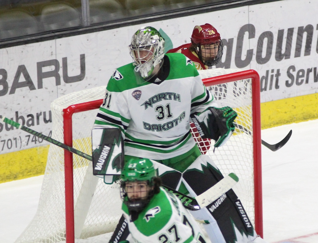 3 Things UND vs. DU (Photos, Too)
