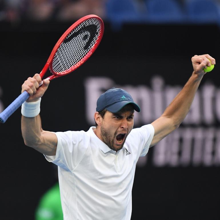Aslan Karatsev makes an historic run to the semis of the Australian Open