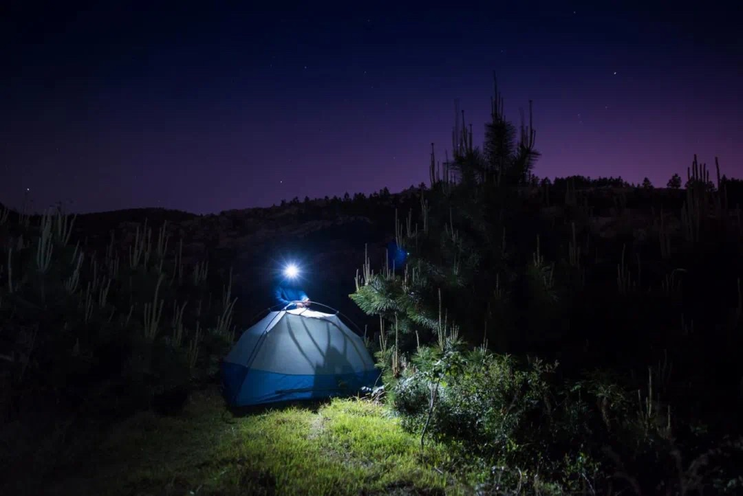 Three Important Factors you Should Consider when Choosing Camping Light Torch