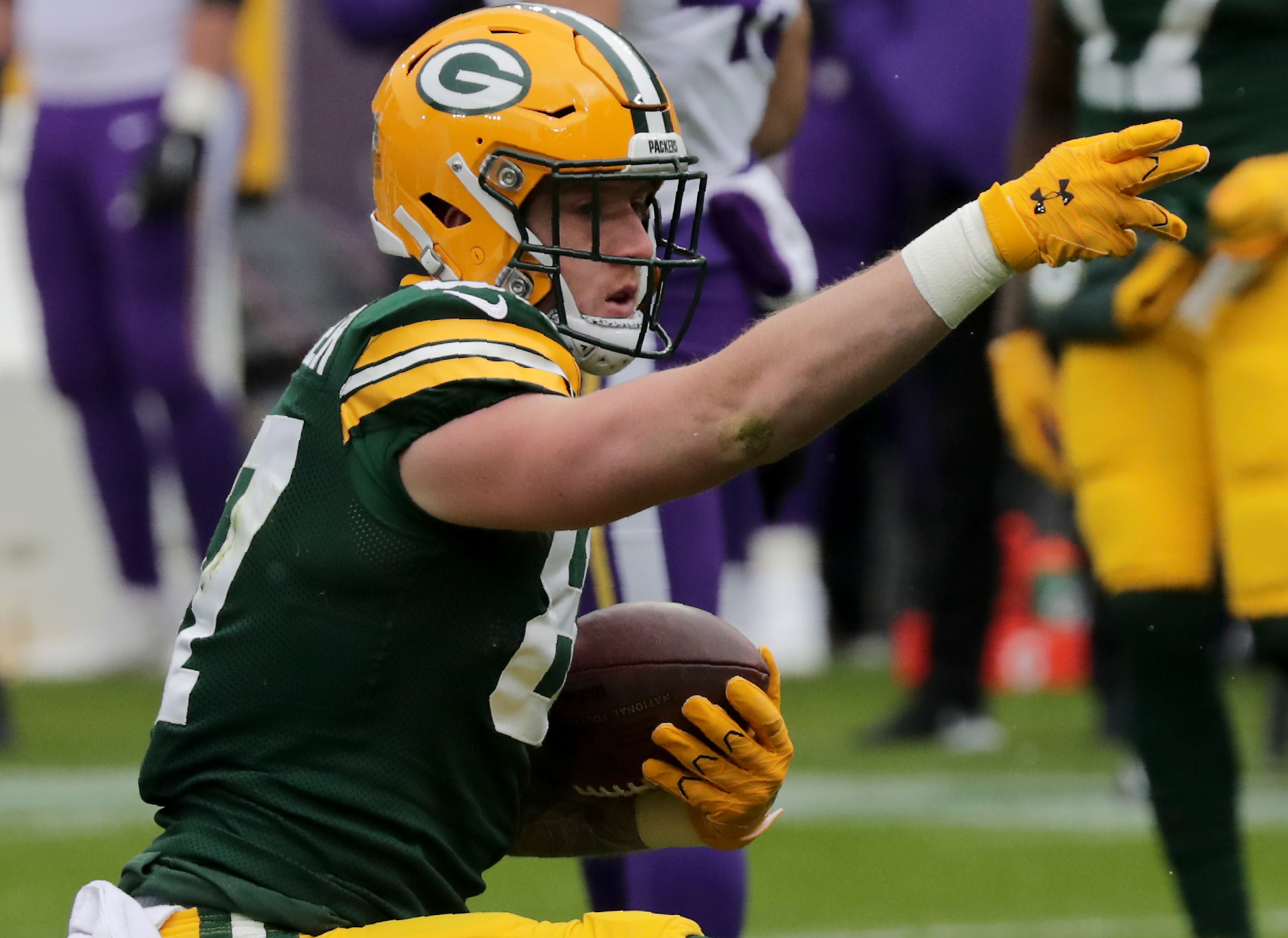 Packers TE Jace Sternberger Is at a Crossroads in His Career
