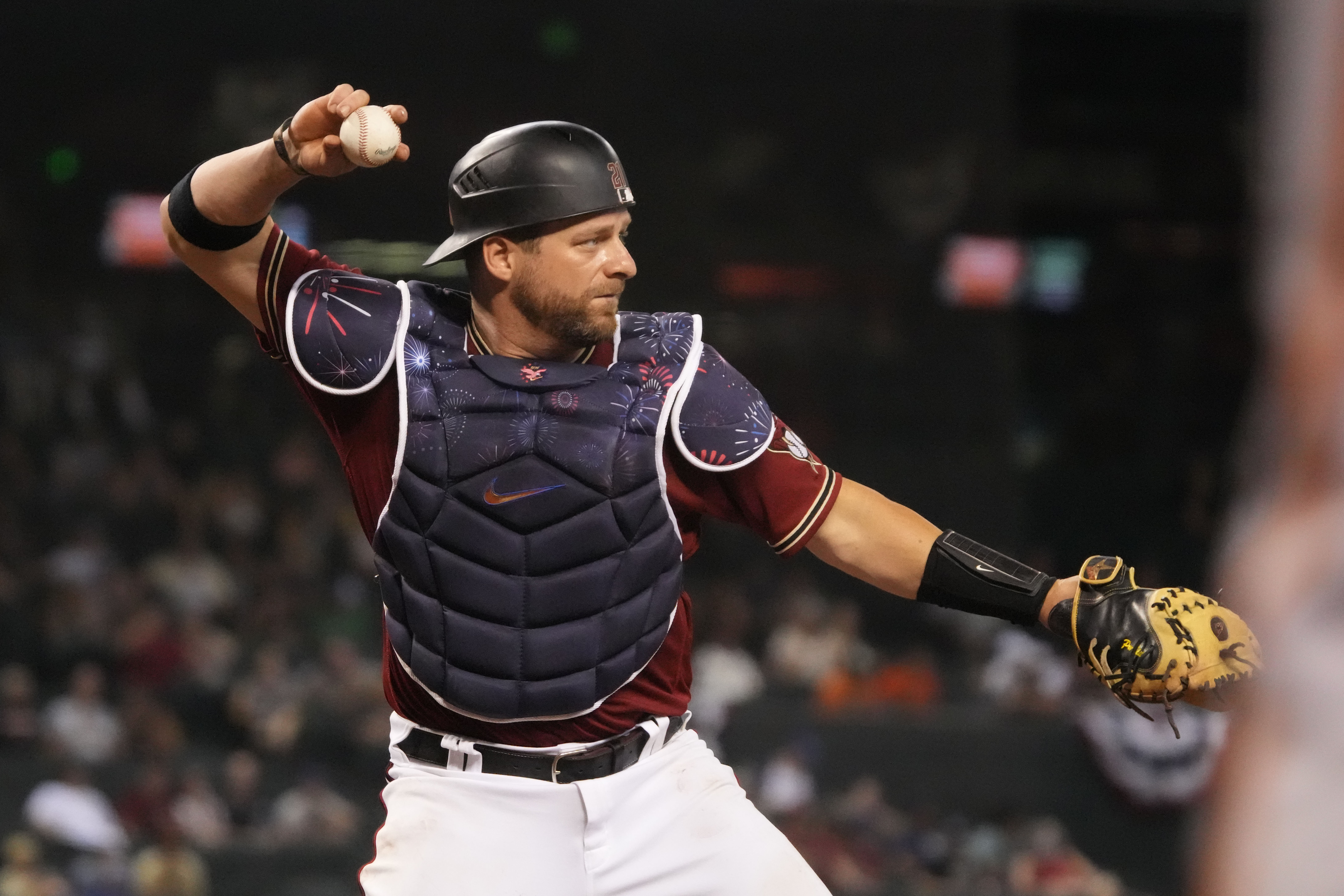 Diamondbacks trade catcher Stephen Vogt to the Braves