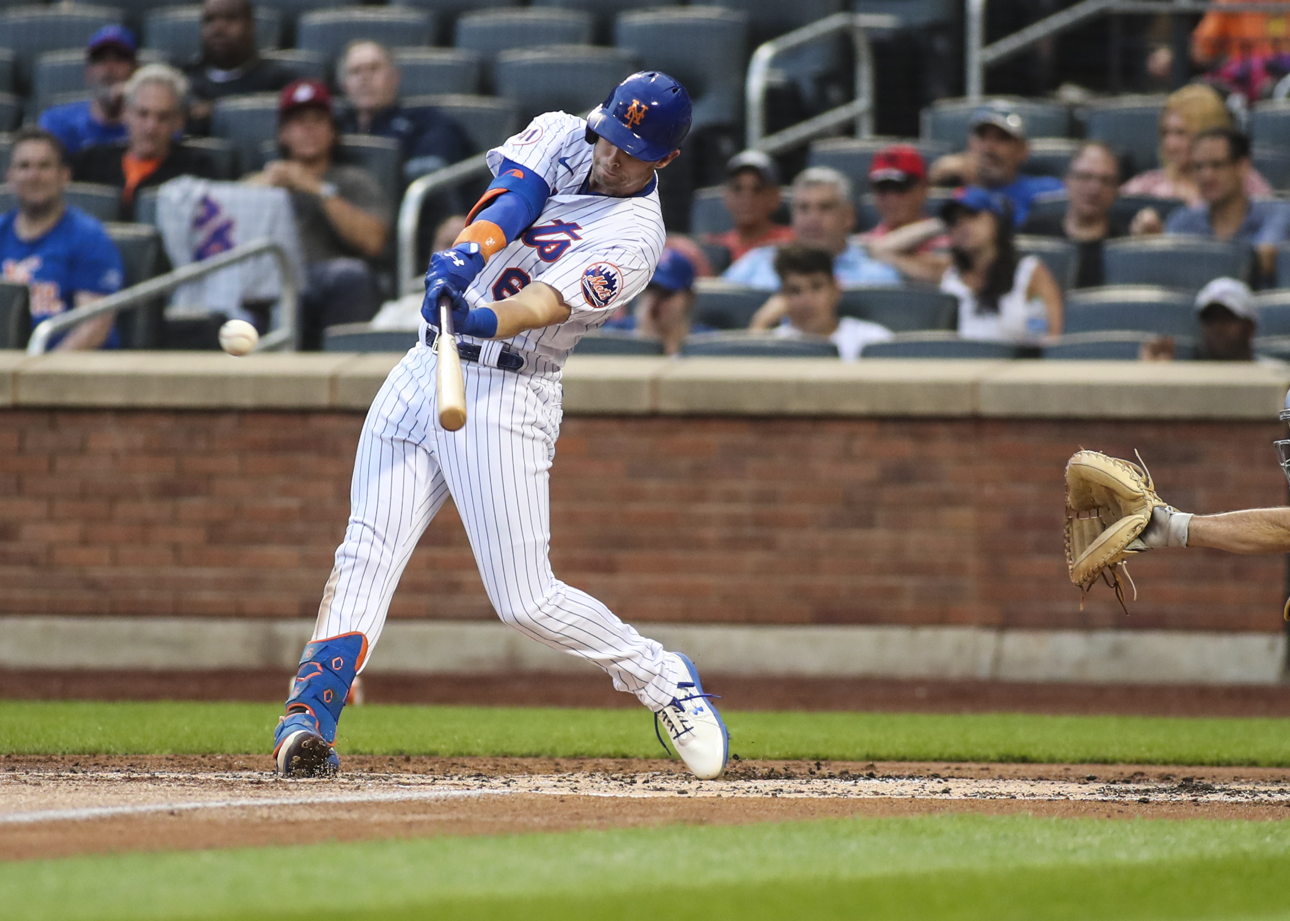 New York Mets split doubleheader with Pittsburgh Pirates