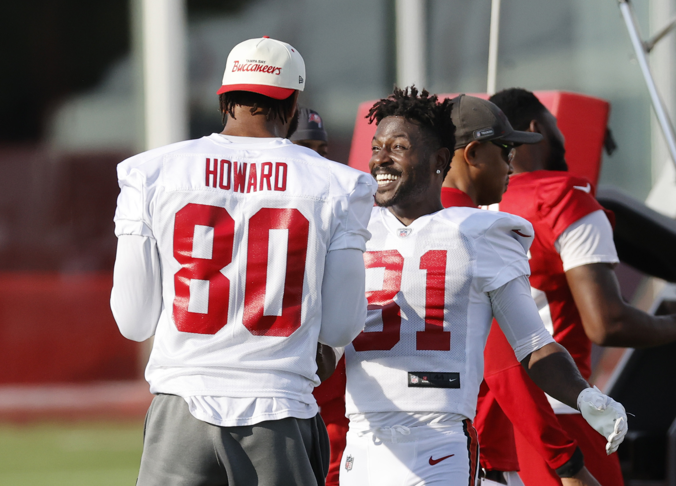 Could issues with dropped passes hinder OJ Howard's playing time this season?