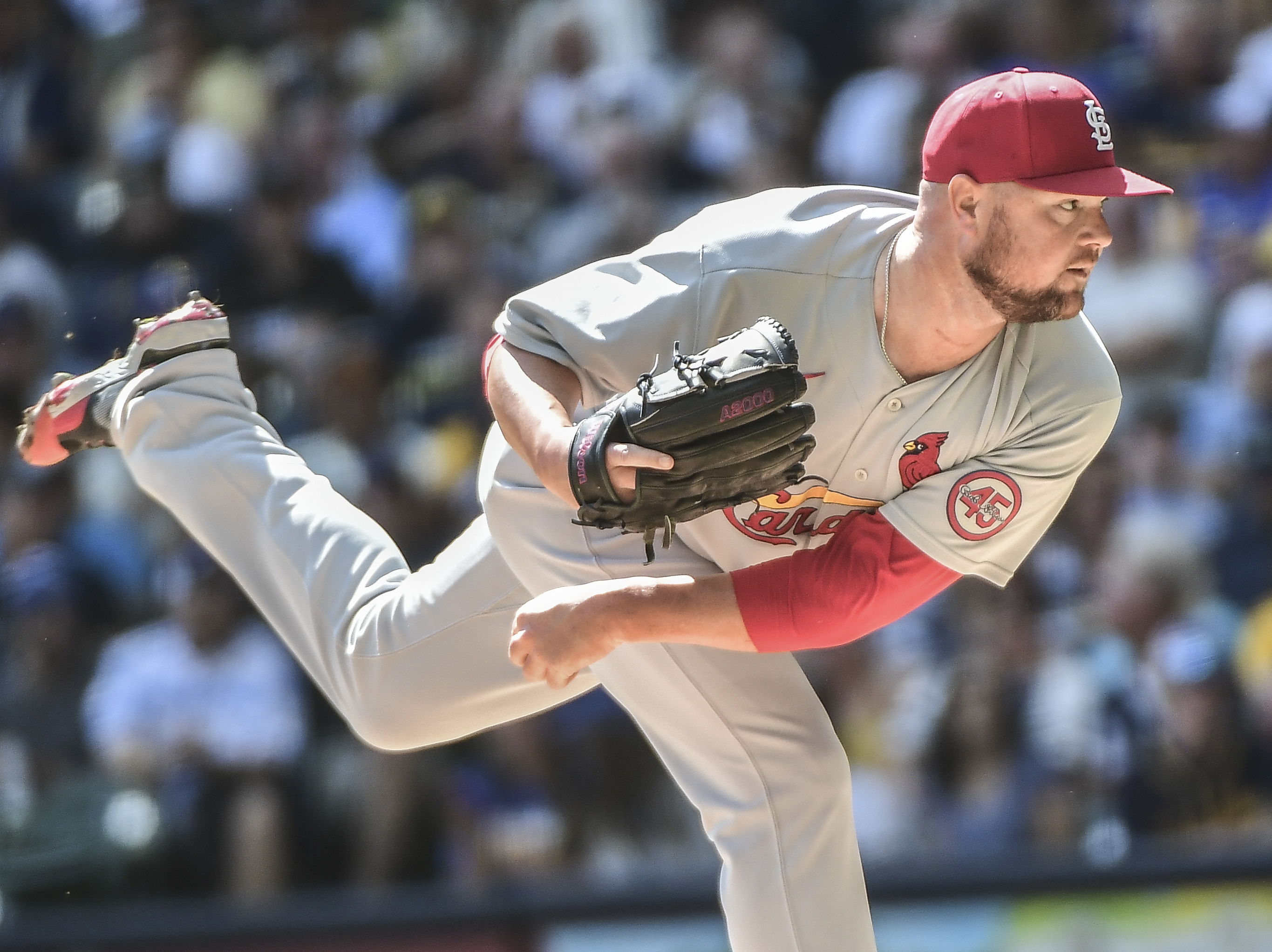 Jon Lester becomes third active pitcher to record 200 career wins