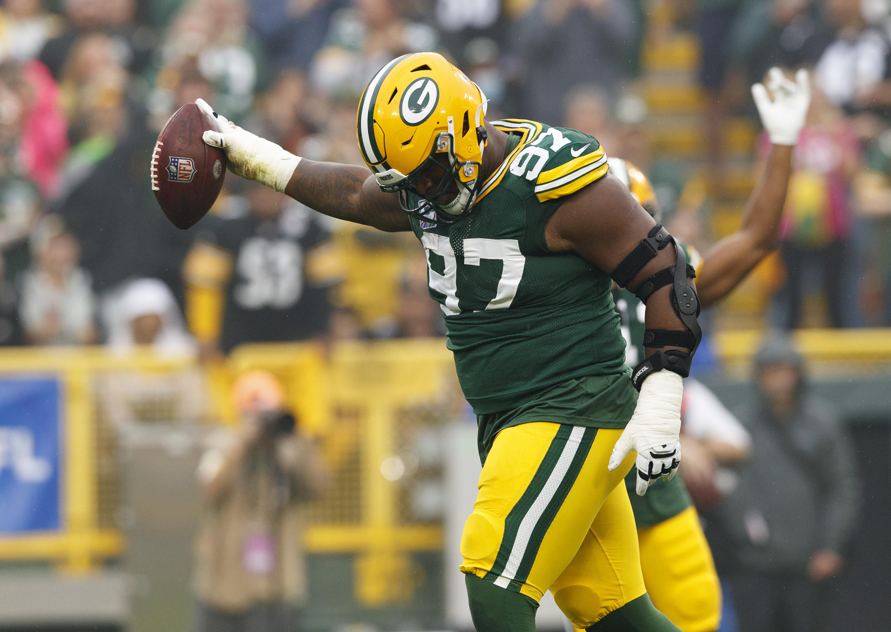 Four Reasons Why Kenny Clark Making a Big Impact on the Packers Defense